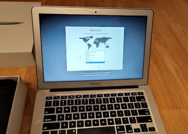 """MacBook Air 13"""" Model A1466 Stan idealny zużycie baterii 29/1000cykli"""
