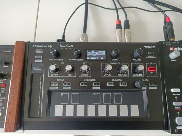 Syntezator Pioneer DJ TORAIZ AS-1 Dave Smith