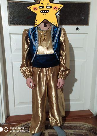 Новорічний (карнавальний)костюм