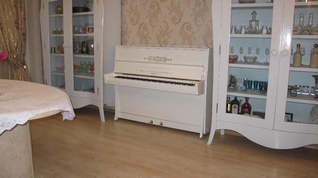 пианино PETROF белое, рояль белый Petrof