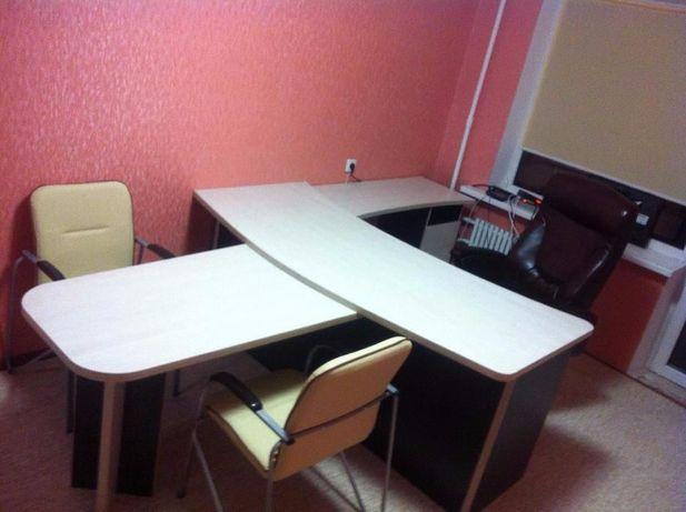Продам офисный стол срочно