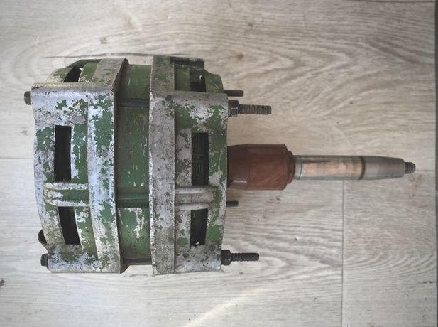 Электродвигатель ДАО-Ц У4 (220В 100Вт 2780 об.мин) мотор двигатель
