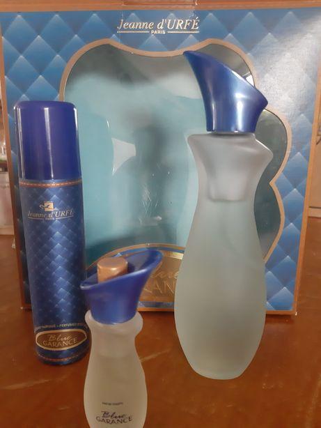 Conjunto perfume desodorizante e água de colónia