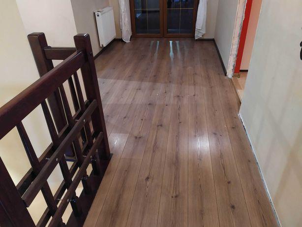 Panele podłogowe dąb