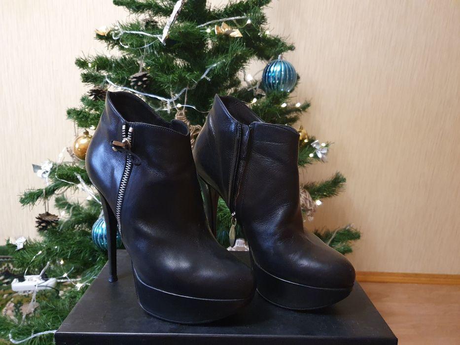 Продам обувь в отличном состоянии Киев - изображение 1