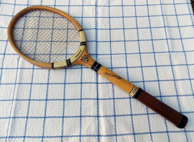 Zabytkowa rakieta tenisowa Mascot