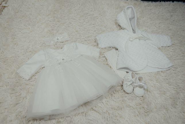 Sukienka na chrzest- dziewczynka