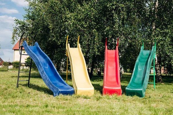 Детская горка 2,2м с металлической лестницей высота1,2 м (разные цвета