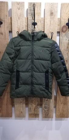 Sprzedam kurtkę dla chłopca Tommy Hilfiger 140