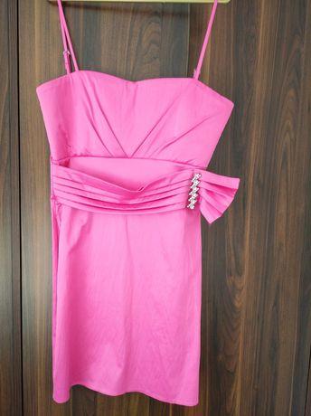 Sukienka atłasowa różowa