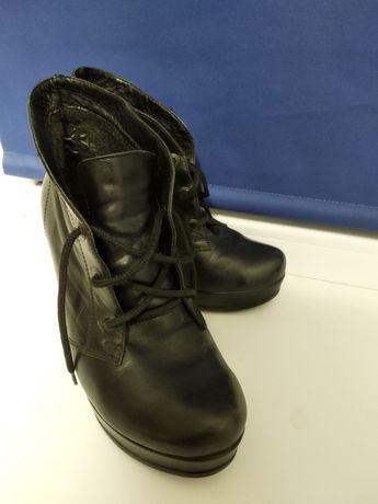 Осенние ботинки на каблуке натуральная кожа