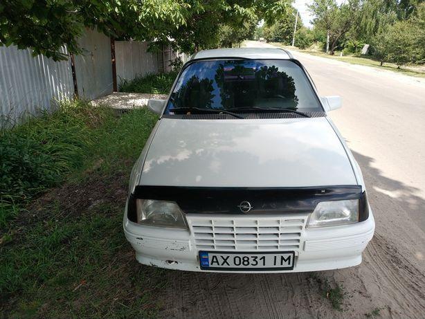 Opel Kadett E седан