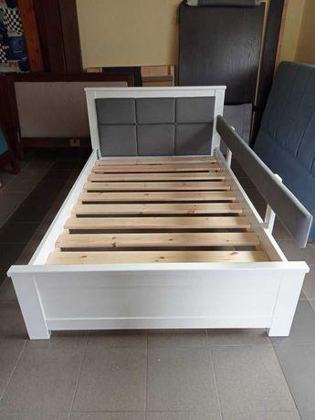Łóżko białe drewniane dwuosobowe