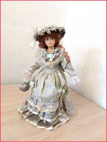Фарфоровая интерьерная кукла Винтаж