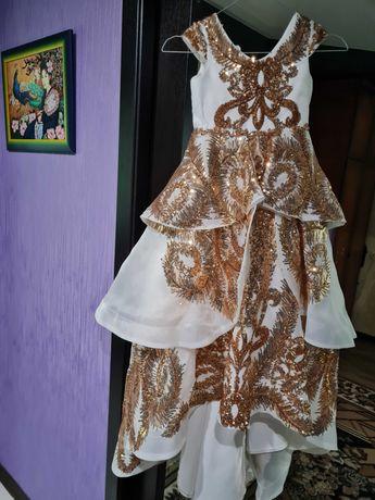Красивенное платье для девочки