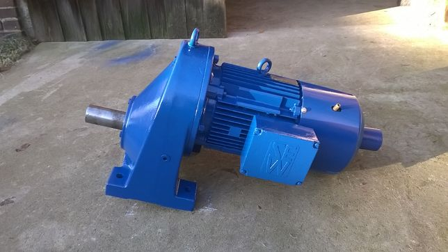 Motoreduktor 2-biegowy 6kw/7,5kw SEW