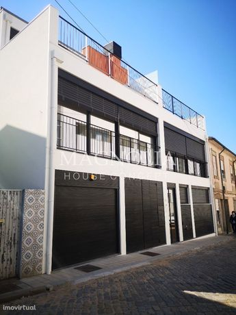Apartamento T0+1 localizado no Polo Universitário e Hospital S.João