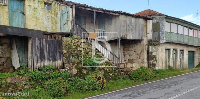 Moradia para Restaurar T5 em Braga