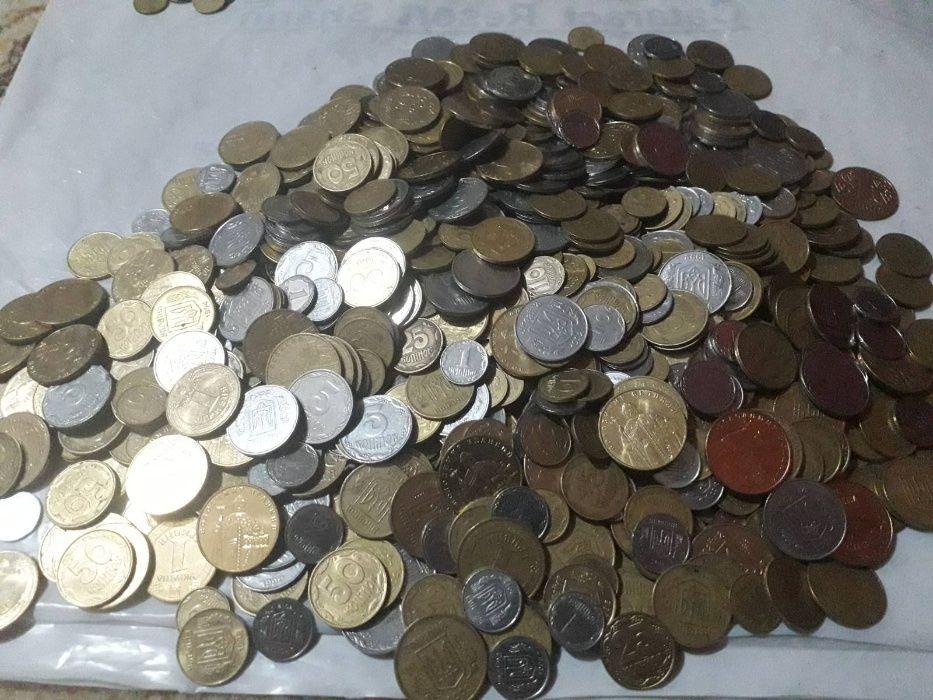 Интересные монеты Украины - 935 штук от 1 до 50 копеек. Цена за все! Киев - изображение 1