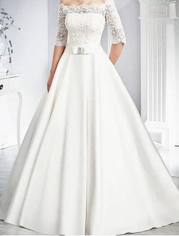 Suknia ślubna biała z koronkowym bolerkiem rozm 40/42