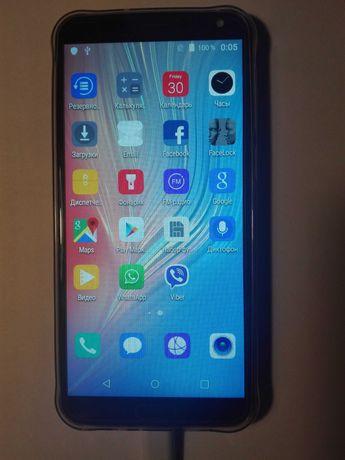 Смартфон Huawei P20 pro китайская копия.