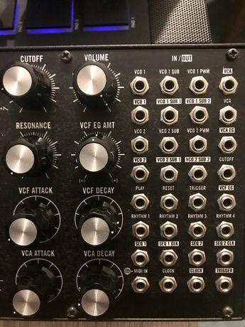 Moog Subharmonicon modular synth