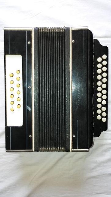 Harmonia - guzikowa .