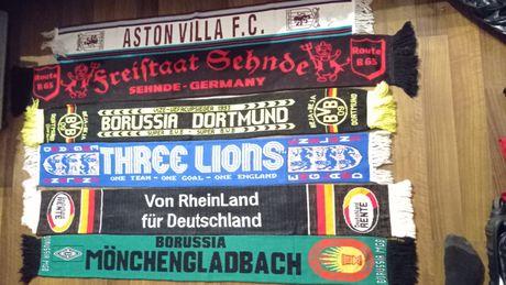 Szaliki Aston Villa Borussia D. Borussia M. England Deutschland