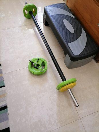 Barra e pesos para body-pump