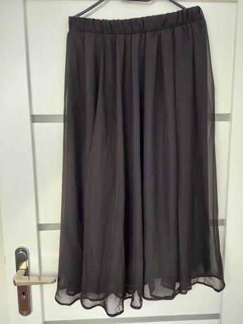 Czarna spódnica rozmiar L