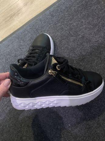 Sneakersy GUESS 39 czarne jak nowe
