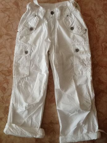 Супер красивые детские брюки Airforse новые. Отдаю почти даром !