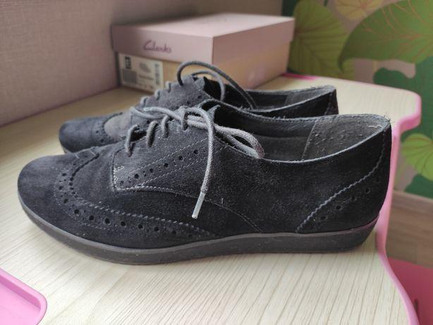 Замшевые туфли Clarks 39 р
