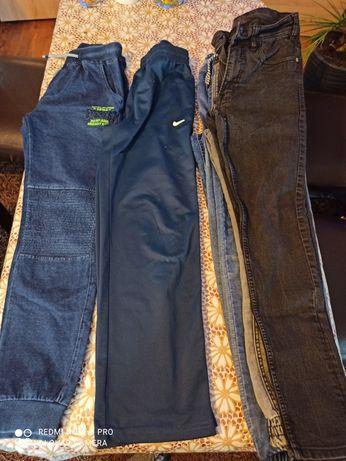 Spodnie młodzieżowe roz. 152-158