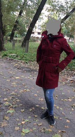Пальто очень тёплое 44р-р 600руб