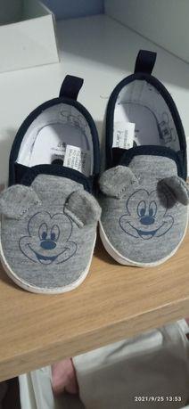 Sapatos Mickey bebé