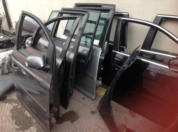 Двері до VW TOURAN