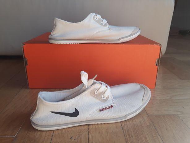 Buty Nike 37