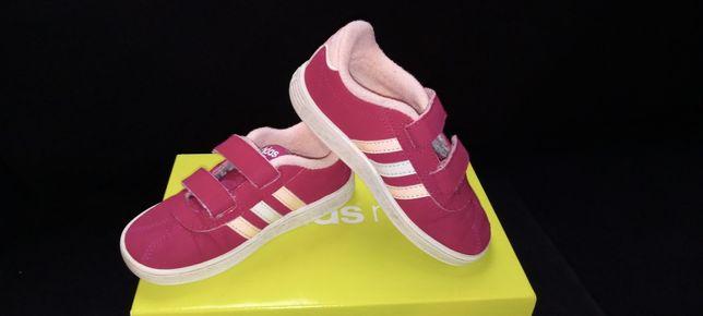 Adidasy, Adidas neo r. 25