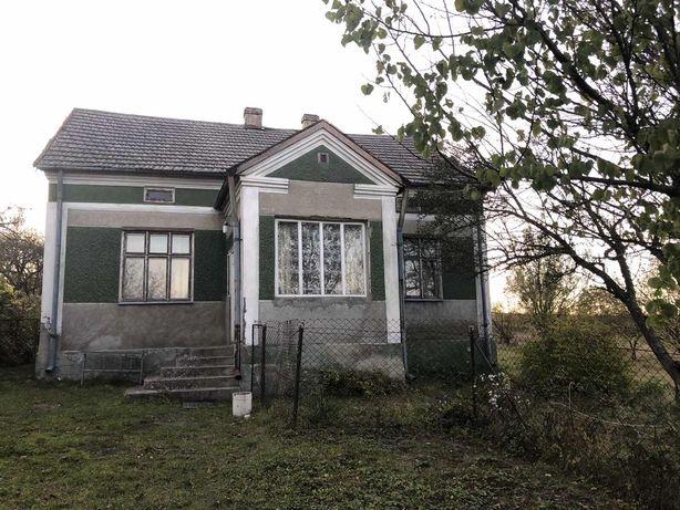 Будинок в с. Куровичі