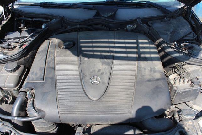 Pokrywa górna silnika Mercedes C klasa W203 kombi 2.2 CDI rok 2005