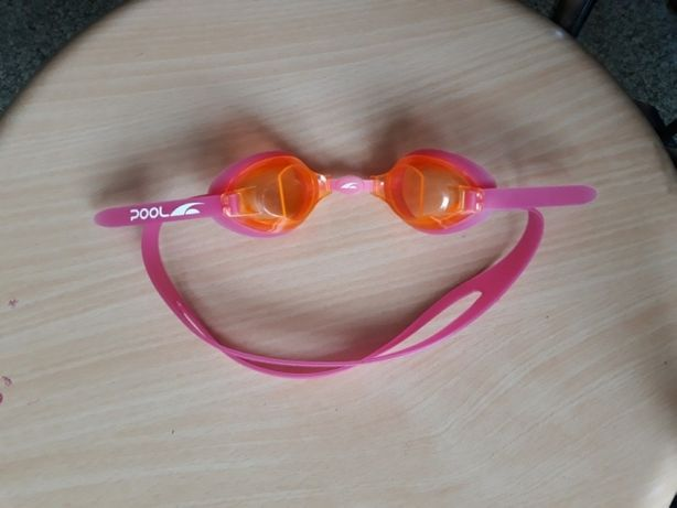 Продам очки для плавания бассейна