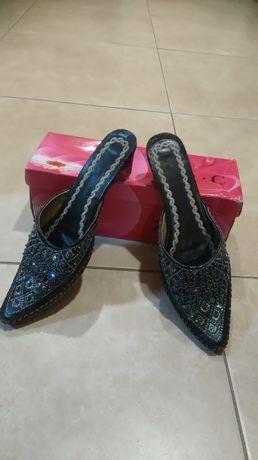 Sapatos tamanho 36
