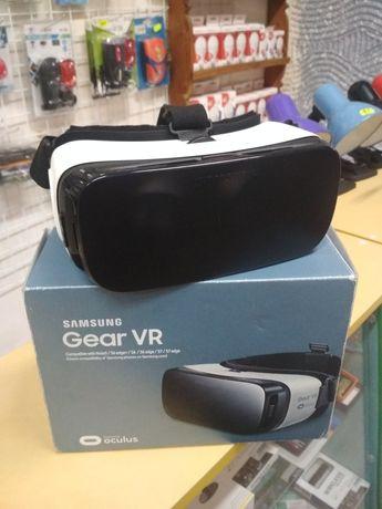 Окуляри віртуальної реальності SAMSUNG Gear VR SM-R322