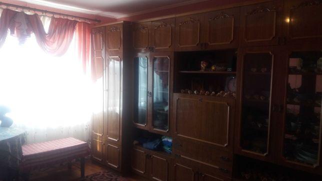 Продам 1-кім. по вул.Макарова.