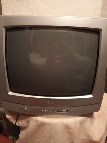 Продаю телевизор за 1000грн.