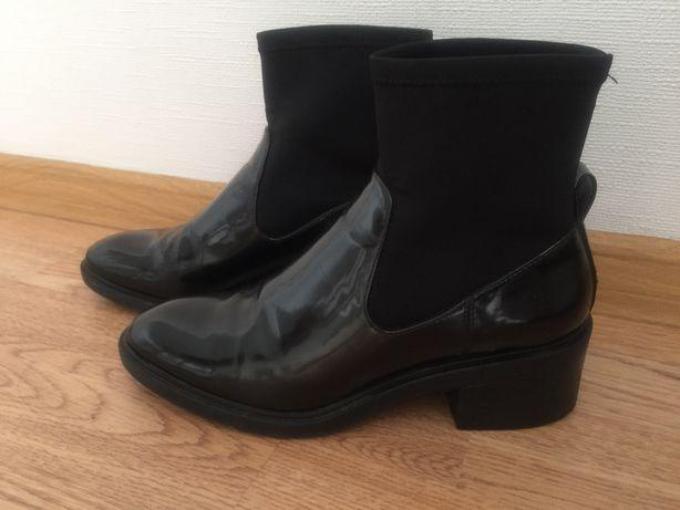 Ботинки женские Bershka