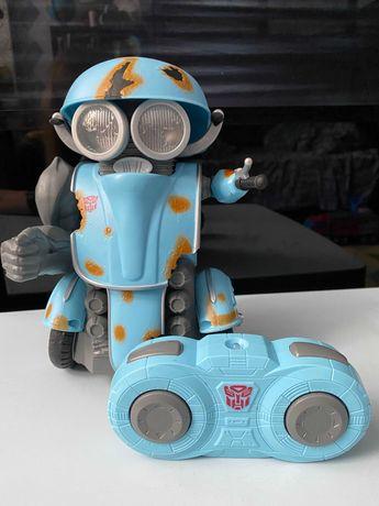 Радиоуправляемая игрушка Робот-трансформер Autobot Sqweeks Hasbro