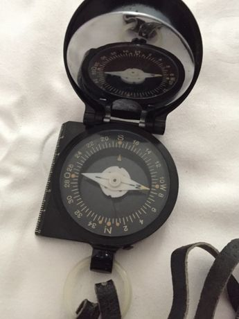 Stary niemiecki kompas Freiberger Prazisionsmechanik
