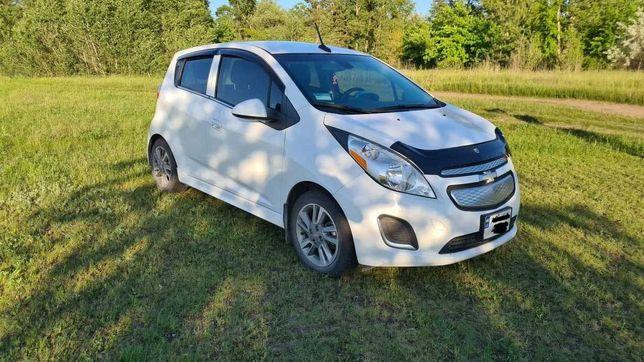 Продам Шэвролет Спарк электромобиль Chevrolet Spark / Nissan Leaf